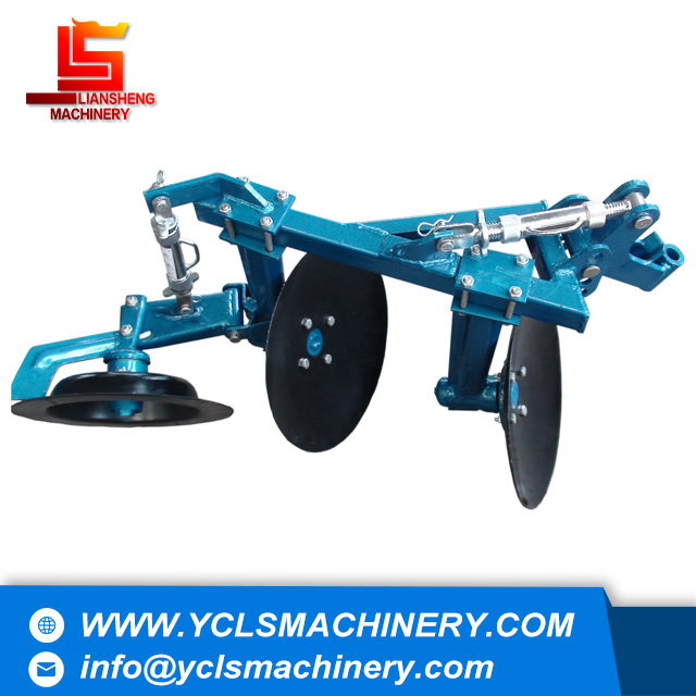 Disc plough for hand tractor